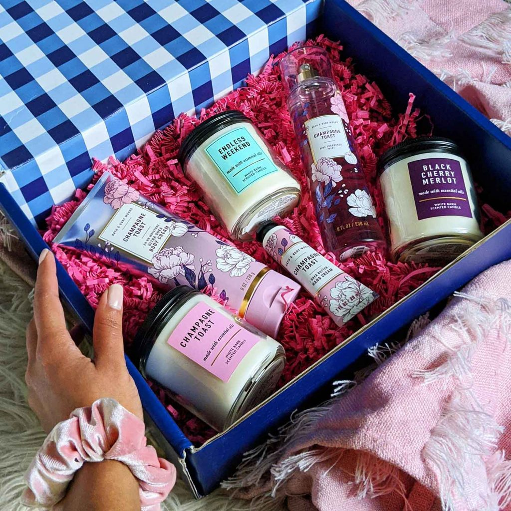 Image of Candles and Lotions in Gift Box